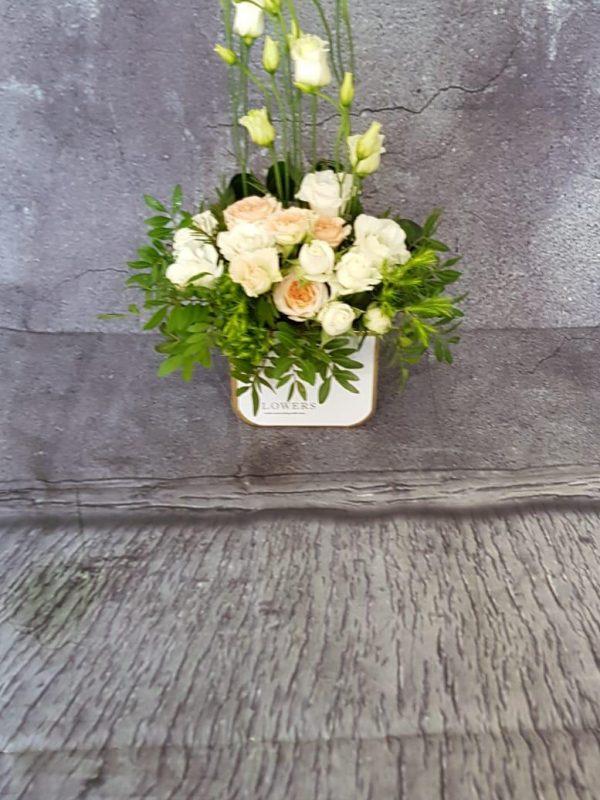 Aranjament floral trandafir tros