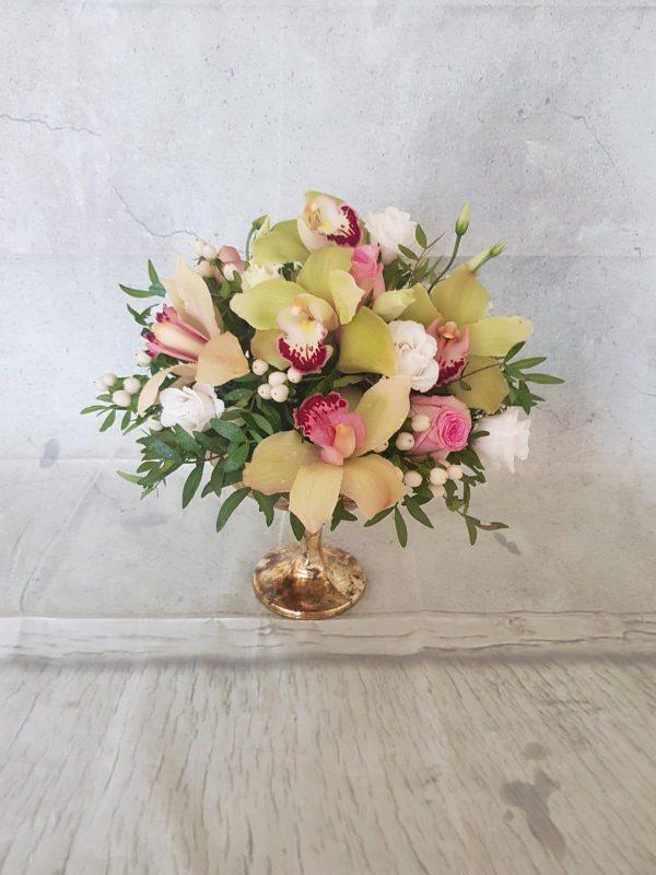 Aranjament floral masa festivă