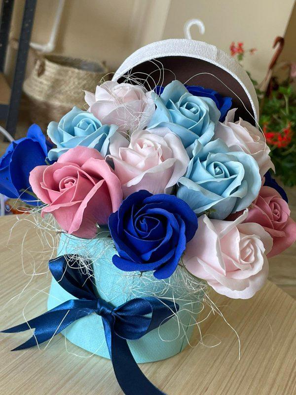 Cutie săpun trandafiri pastelati