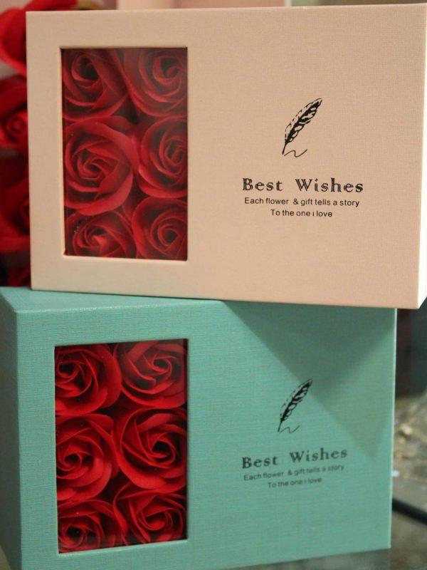 Cutie cadou pentru flori săpun